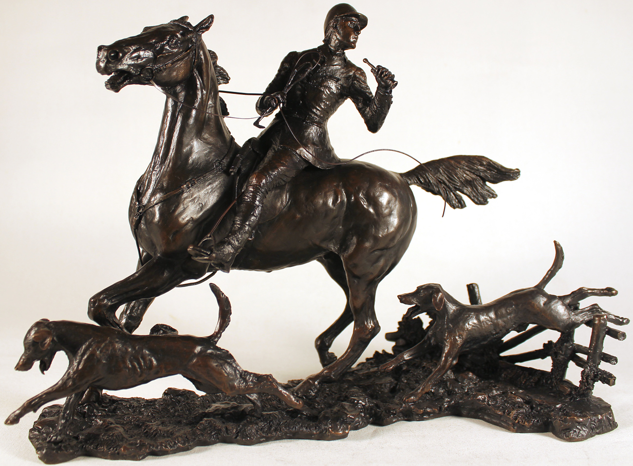 David Geenty, Bronze, Doubling the Horn, click to enlarge