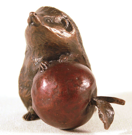 Michael Simpson, Bronze, Hedgehog with Apple No frame image. Click to enlarge
