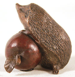 Michael Simpson, Bronze, Hedgehog with Apple Large image. Click to enlarge