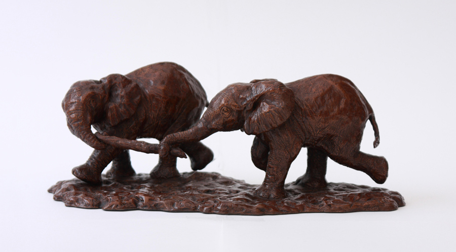 Wendy Hunt, Bronze, Playtime 1, click to enlarge